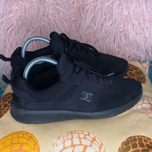 DC Shoes Heathrow All Black Trainers